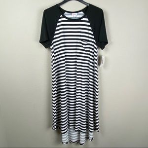 LuLaRoe large Carly striped short sleeve dress